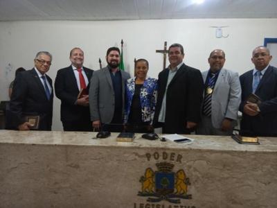 SOCIEDADE BÍBLICA DO BRASIL RECEBE MEDALHA VIDAL DE NEGREIROS